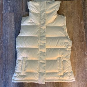 Lush Talbots puffer vest with gold zipper & snaps